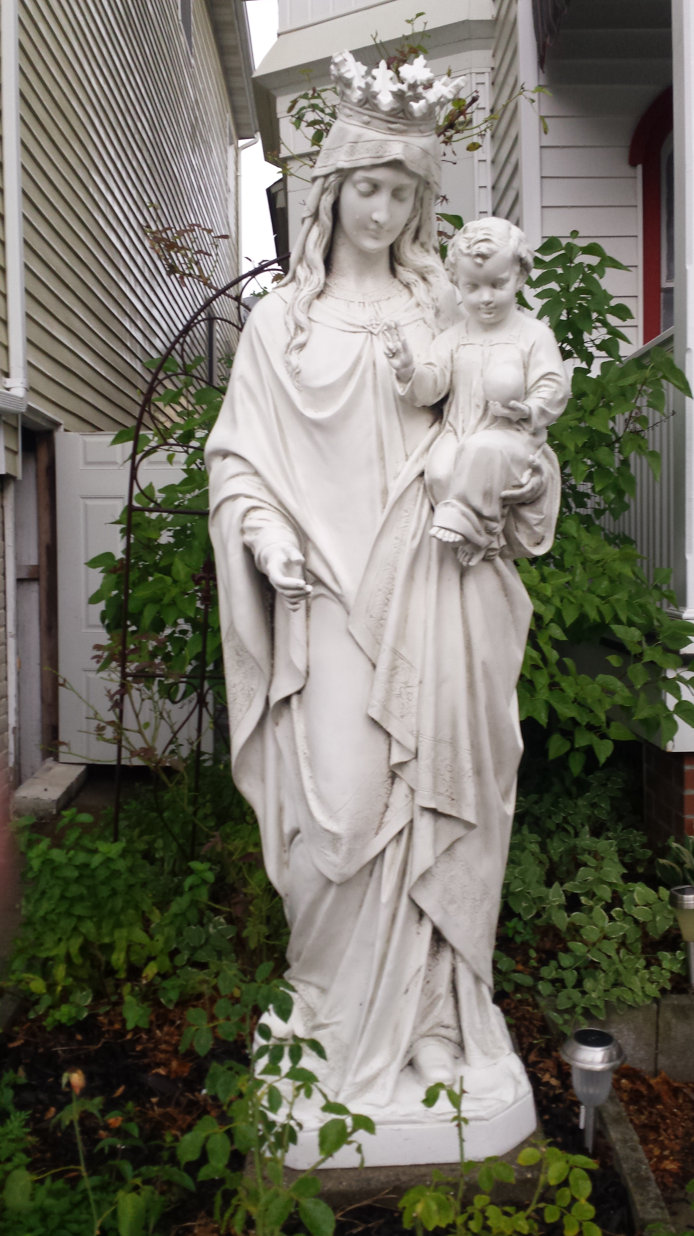 Mary and Jesus in Ocean Grove